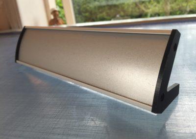 blankt skilt til bordplade