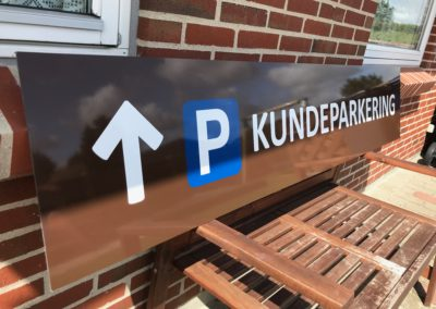 parkeringskilt henvisningsskilt