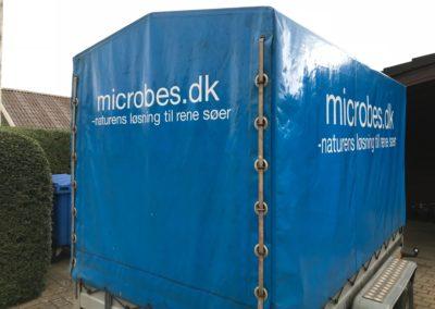 reklame monteret på trailer og vandfast materiale