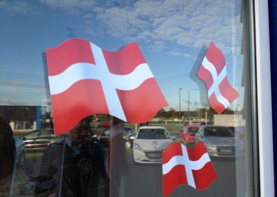 Dannebrog flag til butik jubilæum